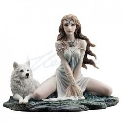 Víla s vlkem soška