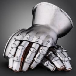 rytirske-rukavice-churburg.jpg
