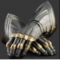 rytirske-rukavice-nemecke-zdob-1450-1500.jpg