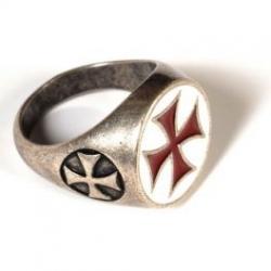 Prsten Templářů Červený Kříž