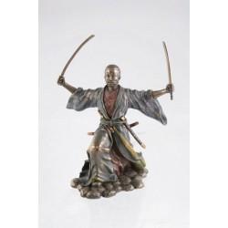 Soška Samuraj a Meče