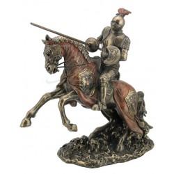 Jezdecká soška rytíř s kopím útok