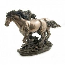 Cválající koně soška