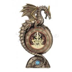 Steampunk mechanický drak a hodiny
