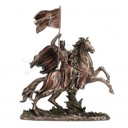 Soška rytíř křižák na koni s praporem